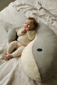 Nanami Coussin d'allaitement Momo baleine blanc/gris-Image 4
