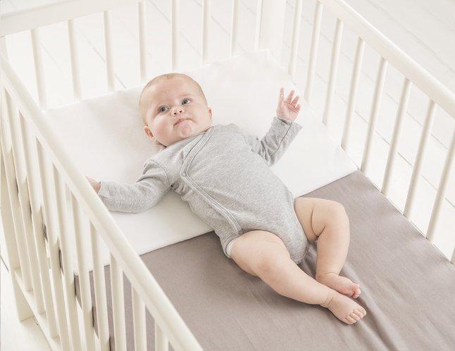 Reflux Matras Baby : Doomoo basics hellend kussen rest easy large dreambaby