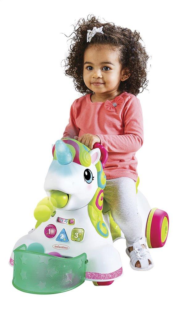 Infantino Loopwagen Sensory 3 in 1 Ride On Unicorn